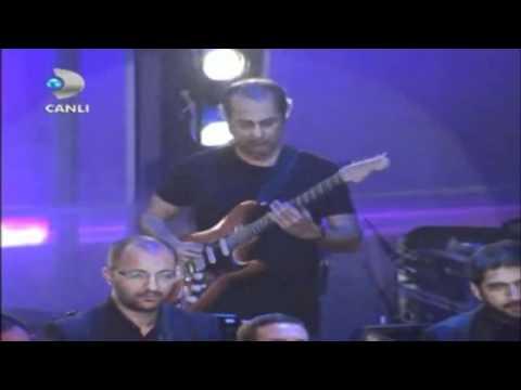 Volkan Konak Beyaz Show Sevenler Ağlarmış ( Beyaz Show 30 Mart 2012 ) (HD).mp4