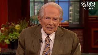 Pat Robertson Responds to News of Billy Graham's Death: 'The Preeminent Voice of Evangelical Christi