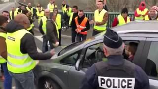 Gilets jaunes.  police, débordement. COMPILATION