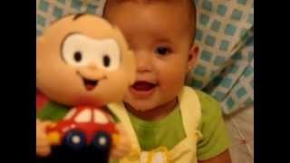 A Bebê com a risada mais gostosa do mundo...duvida? assista