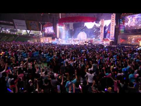 happygo-roundnana-mizuki-live-circus-2013-in-youtube-official-channel
