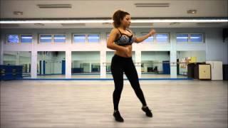 Fatna Zumba ( Salsa ) Ricky Martin - La bomba