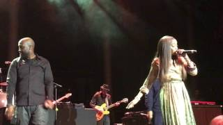 Memory of ...(Us)Estelle joined De La Soul on stage in Roundhouse,London,10.03.2017