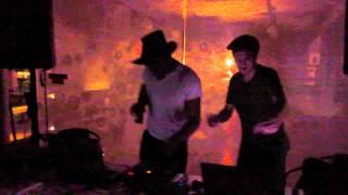 DJ SET com Sabrez + VJ set de Michael Douglas na Ponta do Sal - Cultura no Muro