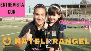Nayeli Rangel jugó a las adivinanzas con Renecita y además le dio una clase de futbol
