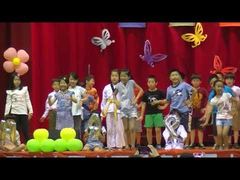 母親節遊藝會二年級歌舞表演 - YouTube