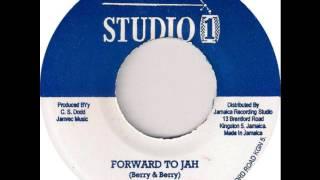 The Jay Tees - Forward To Jah