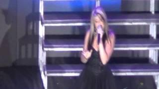 Lauren Alaina & Scotty McCreery Duet Live in Manila - WYSNAA