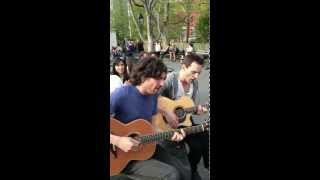 Snow Patrol - New York (Acoustic) at Washington Square Park