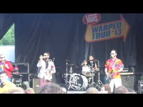 reel-big-fish-call-me-maybe-cover-live-at-warped-13-in-scranton-mina-mikhail