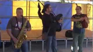 O GHUSTO DO BOI - Foliada Solidaria, Vedra 2013 (actuación2)