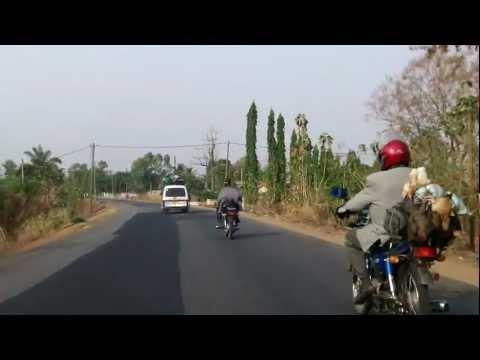 De Lomé à Kpalimé – Camions danger ….