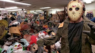 Rubie's Halloween Costumes Jason Freddy walk through 2018