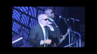 Pitbull - Back In Time (First Live Performance)
