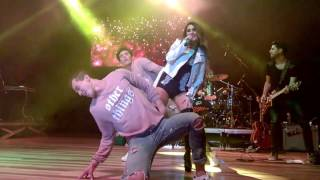 21  Inevitable   Live   Dulce Maria en vivo en Curitiba 2017