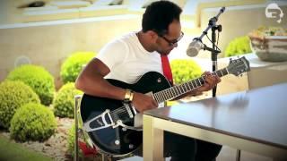Thalles Roberto - Eu Sou Blindado (Voz e Guitarra)