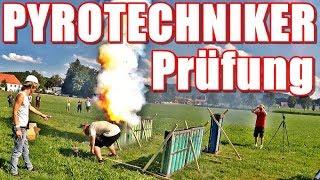 Wenn SILVESTER Feuerwerk nicht ausreicht 😂 PYROTECHNIKER | PyroExtrem & Hummig Effects