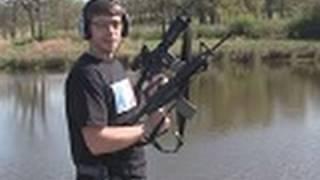 Dual Wielding M16's!