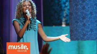 Nivea Soares - Mais Perto Quero Estar - Harpa Cristã (Acústico Ao Vivo)