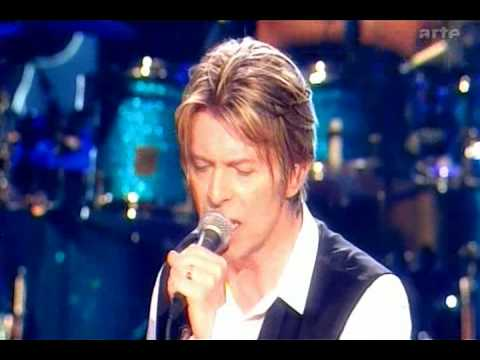 david-bowie-heroes-live-isolar7