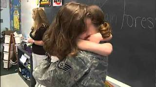 WOW VIDEO - Surprise Military Homecoming: Raw Footage