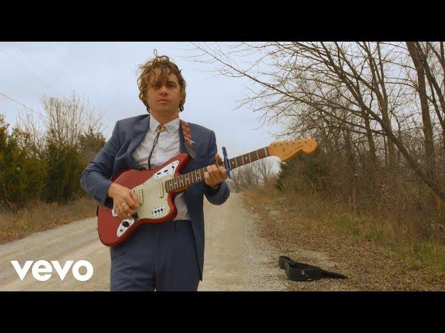 Video oficial de la canción Dorothy de Kevin morby