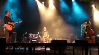 Thrill Collins - Out of Space (Max Romeo cover) (live at Wychwood festival - 8th June 12)