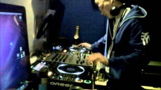 dj woody scratch sample