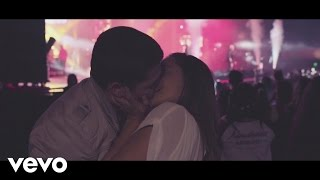 Río Roma - Caminar de Tu Mano  (Lyric Video) ft. Fonseca