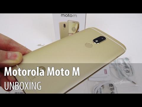 Motorola Moto M Unboxing în Limba Română