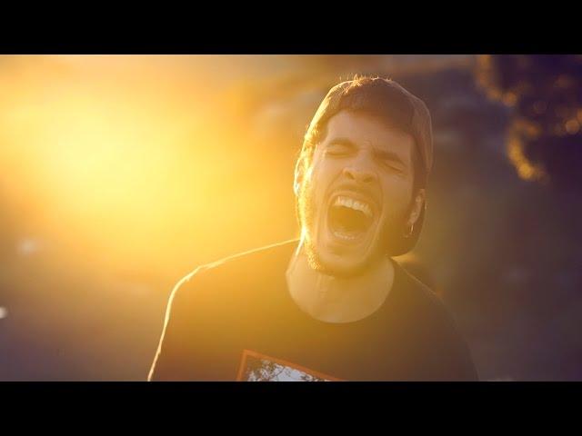 """Videoclip oficial de la canción """"Malas Mañanas"""" de Apalanke."""