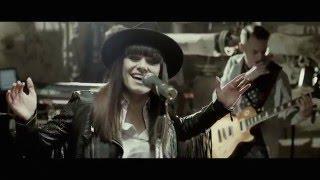 Łzy - Życie jest piękne [Official Music Video]