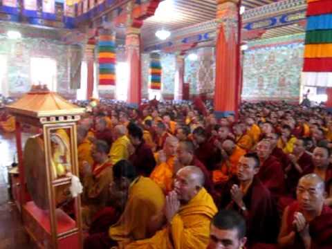 2009.11.10 Garchen Rinpoche White Tara empowerment in Rinchin Ling, Nepal