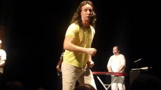 Ymperio Show em Ballancourt - 19.05.2012 - Pintinho piu