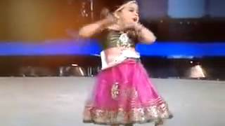 hindi song dancer a little girl....