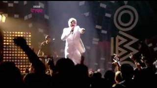 Mr Hudson - LIVE @ MOBO Awards - White Lies & Supernova