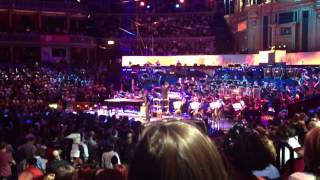 Jacob Banks performing 'Worthy' at the BBC Urban Classic Proms