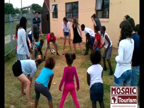 Fun Times – French students visit a community project in Walmer Township, South Africa