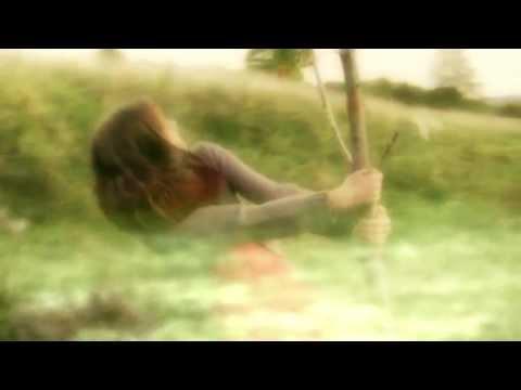 m83-oblivion-piano-part-video-clip-anteo83