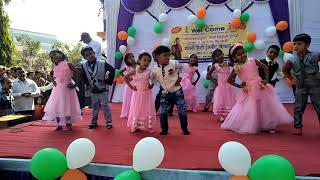 Phulo Ka taro Ka sabka Kehna h by yashasvee English medium school