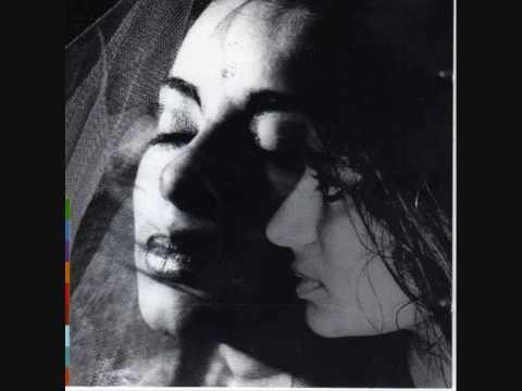 sheila-chandra-bhajans-lovelynettie12