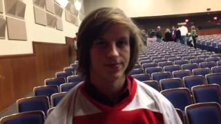 L-S hockey player Dylan Garrett