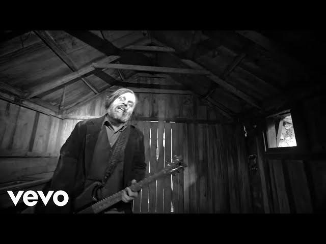 Video oficial de Seether Let You Down