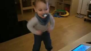 Henrik táncol - Rock 'n' Roll :)