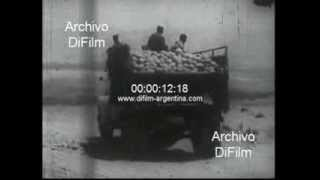 DiFilm - Transporting merchandise for a road in Palestine 1967