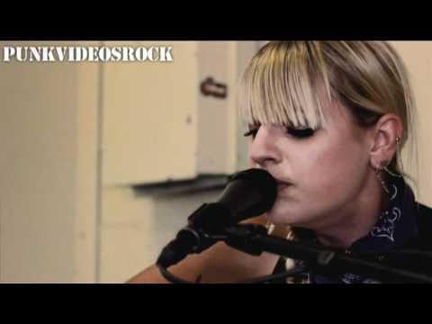 automatic-loveletter-black-ink-revenge-acoustic-punkvideosrock