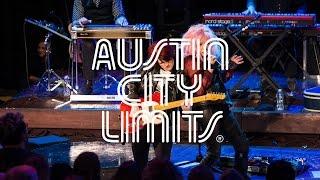 "Austin City Limits Web Exclusive: Cyndi Lauper ""Walkin' After Midnight"""