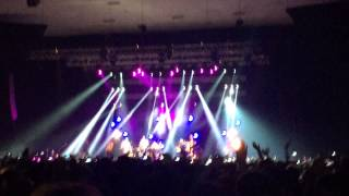 James - Getting Away With It (All Messed Up) live @Guimaraes, Portugal 28-11-2014