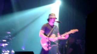 Jason Mraz canta Tudo Que Você Podia Ser - Milton Nascimento