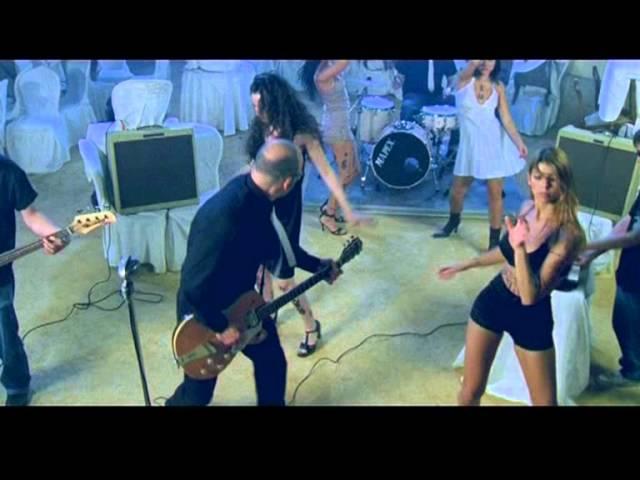 """Videoclip oficial de la canción """"Yo, que creo en el diablo"""" de Victor Coyote."""